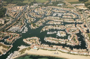 port Grimaud capitainerie